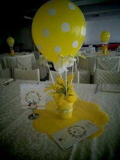Hot Air Balloon Balloon Centerpieces, Baby Shower Centerpieces, Small Balloons, Baby Shower Duck, Balloon Ideas, Mimosas, Classroom Themes, Balloon Decorations, Hot Air Balloon