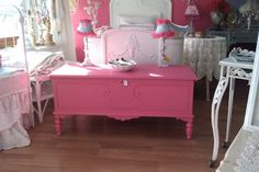 Antique Chic Hope Cedar Chest Hot Pink Shabby Cottage Paris Apt Girls Blanket…