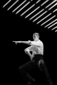 David Bowie - Concert au Pavillon de Paris (mai 1976) © Claude Gassian. Iconic <3