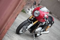 Racing Cafè: Triumph Thruxton R 1200 with Inspiration Kit 2016