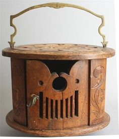 1895 Dutch carved wooden foot warmer 9.5x13 !