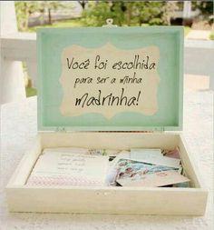 Se você tem habilidade e deseja fazer você mesma o convite de casamento para padrinhos, aposte nas dicas que selecionamos aqui! Use a imaginação e ouse!