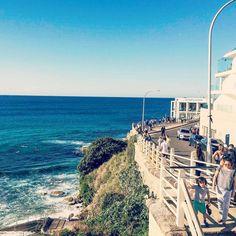 Frantic exercisers about to start the Bondi to Bronte beach walk ☀️🌊// The Beach, Beach Walk, Beach Bum, Ocean Beach, Bondi Icebergs, Bronte Beach, Sydney Australia, Waves, Swimwear