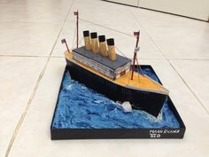 Miniature Titanic created as a school project for my son. Titanic Ship, Rms Titanic, Boat Projects, Stem Projects, School Projects, Projects For Kids, Titanic Model, Junk Modelling, Upcycling