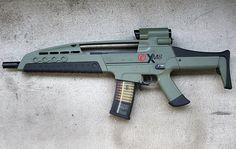 Killer Features | XM8 Assault Rifle | Survival Gun Review of A Battle Rifle