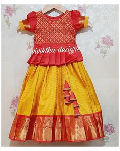 New Baby Dress, Mom And Baby Dresses, Dresses Kids Girl, Kids Dress Wear, Kids Gown, Kids Wear, New Saree Blouse Designs, Kids Blouse Designs, Girls Frock Design