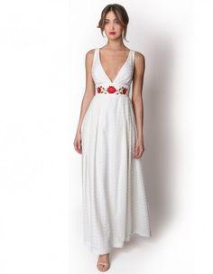 Sukienka jedwabna ślubna z haftem