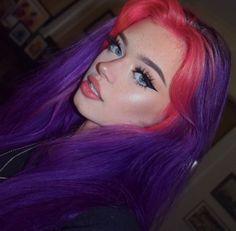 Cute Hair Colors, Pretty Hair Color, Hair Dye Colors, Hair Inspo, Hair Inspiration, Fashion Inspiration, Split Dyed Hair, Alternative Hair, Dye My Hair