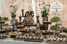 Rustic theme / Vintage theme / Candy Bar / Dessert Table / Coltul Dulce / www.coltuldulce.ro