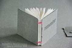 Papieren Avonturen: paper cover on a coptic style binding