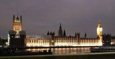 Saiba a melhor forma de aproveitar Londres, uma das cidades mais visitadas na europa, economizando das passagens até na hospedagem e na comida.