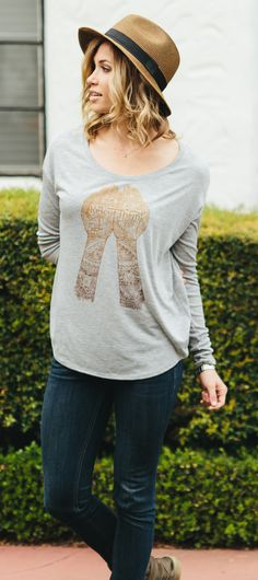 Cute hat, a flowy long sleeve, and some jeans. Perfect for that in-between-seasons look ;) #Sevenly