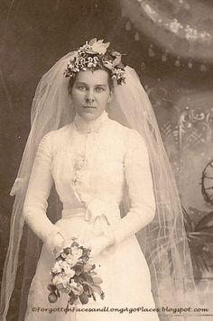 1890s bride. Photo by R. Alex Wells.