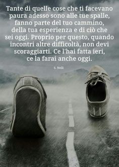 Frasi belle per Facebook e i social | 👩🏻‍💻 Passione Folle Favorite Quotes, Best Quotes, Life Quotes, Meaningful Quotes, Inspirational Quotes, Italian Quotes, Memories Quotes, Sarcastic Quotes, Life Motivation