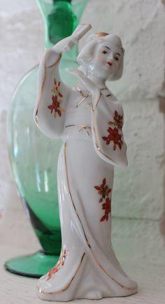 Vintage Porcelain Japanese Geisha Girl Figurine by losttreasures2u, $16.99