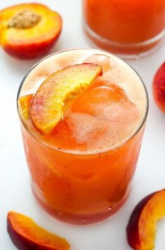 A summertime list of the perfect peach cocktails from margaritas to sangria and bellini to frozen peach concoctions! Peach cocktail recipes for all! Cocktail Drinks, Fun Drinks, Yummy Drinks, Cocktail Recipes, Sangria Recipes, Beverages, Recipes Dinner, Easy Cocktails, Mixed Drinks