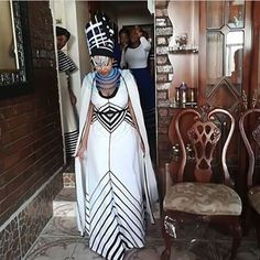 African traditional skirts 2019 for African women - traditional skirts ShweShwe 1 Zulu Traditional Wedding Dresses, South African Traditional Dresses, Traditional Skirts, Traditional Outfits, African Wear, African Attire, African Women, African Dress, African Style