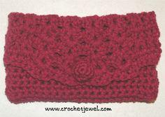 Red Rose Crochet Clutch