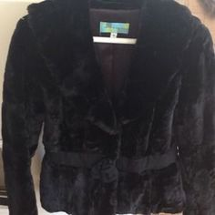 Beth Bowley Jackets & Blazers - Cropped Jacket