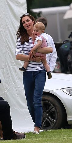 Kate Middleton Photos: Maserati Jerudong Trophy Somebody needs a nap or two or three.