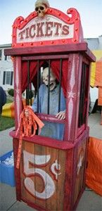 Scary Ticket Booth. would be fun to do a creepy carnival for halloween yard decor.