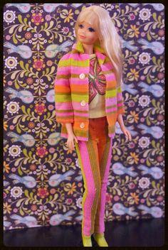 Mod Era Barbie - Twist n' Turn PJ