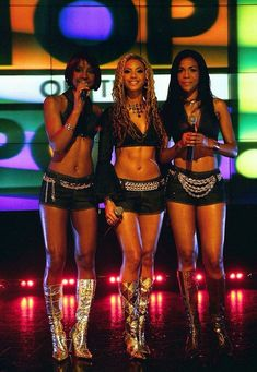 ♡✿♔Life, likes and style of Creole-Belle♔✿✝♡ 2000s Fashion Trends, Early 2000s Fashion, 90s Fashion, Destiny's Child, Queen Bee Beyonce, Kids Outfits, Cute Outfits, Black Girl Aesthetic, Beyonce Knowles