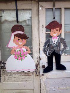 Bride and Groom Wedding Door Hanger by queensofcastles on Etsy Wedding Door Hangers, Wedding Doors, Burlap Door Hangers, Burlap Door Decorations, Diy Wedding Decorations, Painting Burlap, Wooden Pattern, Wooden Doors, Wooden Signs