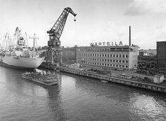 Wärtsilän telakka kuvattuna vuonna 1971.