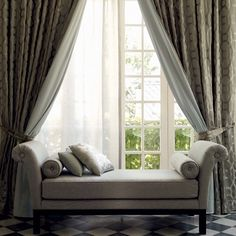 'Roman Holiday' roomset from #forbiddencolours collection by #jimthompson - Spring 2015 collection