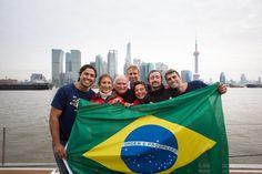 Família Schurmann faz história ao atracar na China