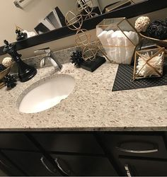 gold Bathroom Decor Like what you see me for more: Bathroom Goals, Bathroom Organisation, Small Bathroom, Fancy Bathrooms, Bathroom Ideas, Zen Bathroom, Organization, Washroom, Bathroom Designs