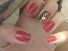 Nails- Portuguese