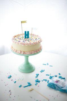 candy melts monogram DIY - coco cake land