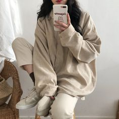 ⊰ 𝒎 𝒊 𝒍 𝒌 𝒖 𝒚 𝒖 𝒖 ⊱ in 2020 Aesthetic clothes Korean outfits Beige outfit