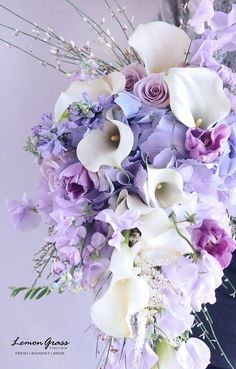 What everybody dislikes about wedding flower bouquet natural and why 5 – Artofit Amazing Flowers, Purple Flowers, Beautiful Flowers, Silk Flowers, Beautiful Flower Arrangements, Floral Arrangements, Arte Floral, Flower Bouquet Wedding, Flower Bouquets
