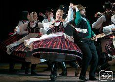 People Around The World, Around The Worlds, Folk Dance, Beautiful Costumes, Hungary, Wonders Of The World, Random Stuff, Dancer, Polish