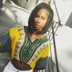 Protective Hairstyles 386394843022615301 - Des box braids sur un carré mi-long Source by Tresses Box Braids, Bob Tresses, Bob Braids, Braids Bob Style, Short Box Braids Bob, Protective Hairstyles, Protective Styles, Braided Hairstyles, Long Hairstyles