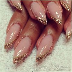 saaandrew - Modèles Robe ongles d& saaandrew saaandrew Almond Nails French, French Nails, Glitter Tip Nails, Shellac Nails, Almond Nails Designs, Jelly Nails, Nagel Gel, Best Acrylic Nails, Stylish Nails