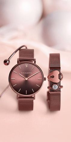 High quality, minimalist, watches crafted with a refined… Paul Valentine Watches. High quality, minimalist, watches crafted with a refined attention to detail that flow seamlessly into your lifestyle. Trendy Watches, Watches For Men, Woman Watches, Cheap Watches, Accesorios Casual, Bracelets For Men, Anchor Bracelets, Bracelet Men, Bracelet Watch