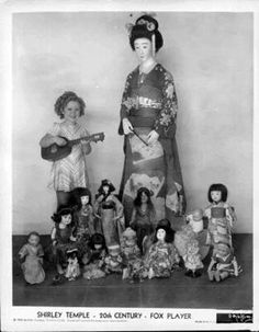 1935 Shirley Temple & dolls she received from the Japanese children of Hawaii while she was visiting there