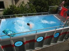 Using shipping container pool is making less effort to install a swimming pool. It is an extraordinary idea to create the pool in a shipping container design Container Buildings, Container Architecture, Garden Architecture, Architecture Design, Cargo Container, Container Design, Container Sales, Container Gardening, Piscina Hotel