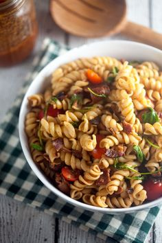 BLT Pasta Salad with Smoked Tomato and Bacon Vinaigrette // @Healthy. Delicious.