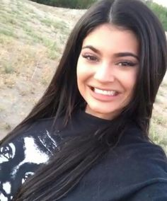 Kylie Jenner attempts to speak with the New Zealand accent Estilo Kylie Jenner, Kyle Jenner, Kylie Jenner Outfits, Kendall And Kylie Jenner, Kardashian Jenner, Tyga, Miss Perfect, Babe, Accesorios Casual
