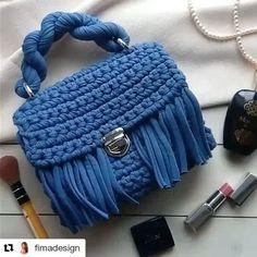 Связано в одну нить. Цвет Дымчатый. #Repost @fimadesign with @repostapp ・・・ Моя первая сумочка, вымученная, сделанная так, что хочется оставить себе) Все в ней хорошо, вот это мой уровень! Использовала свою любимую и идеальную пряжу @knitka_knit (оттенок Дымчатый) Что еще сказать? Эта малышка не продается,она для сестры, а вяжу вторую) #fimadesign #книткалюбы #книткатворение #вяжуназаказ #вяжутнетолькобабушки #вяжутнетолькобабушкиноимамочки #трикотажнаяпряжа #тпряжа #сумочкакрючком…