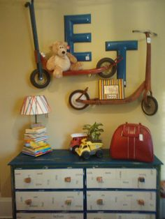 Great for a kids room..... LOOK at the Bureau...the front has flashcards decoupaged on it. Love this bedroom