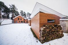 Krásný sauna domek s integrovanou saunou Klafs Bratislava, Halle, Cabin, House Styles, Home Decor, Decoration Home, Room Decor, Hall, Cabins