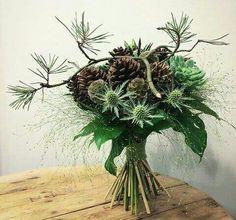 Christmas Flowers, Christmas Wreaths, Christmas Decorations, Xmas, Christmas Ornaments, Wedding Bouquets, Wedding Flowers, Christmas Chandelier, Deco Floral