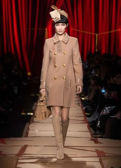 Moschino Fall Winter 2017 fashion show - See more on www.moschino.com