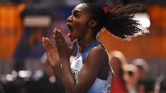 Spectacular Asher-Smith secures double sprint gold on day ten Dina Asher Smith, Greater London, Sports Stars, Track And Field, Female Athletes, Athletics, Hair Styles, Day, Beauty